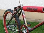 http://bmxmuseum.com//image/1983-raleigh-night-burner-10-15-10-14-resized.jpg