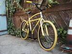 http://bmxmuseum.com//image/bee_bike_2.jpg