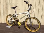 http://bmxmuseum.com//image/flash-front-side-angle.jpg