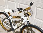 http://bmxmuseum.com//image/se-bikes-003560310b534.jpg