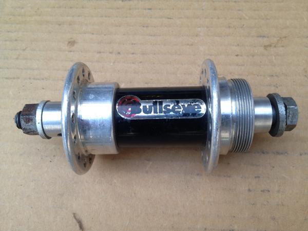 BMXmuseum com For Sale / Bullseye REAR Hub 28 Hole BOLT THRU
