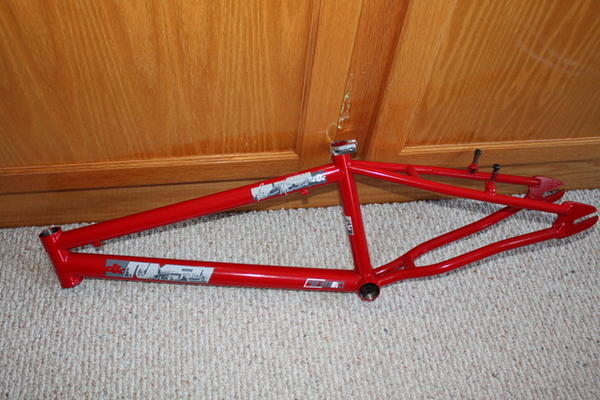 BMXmuseum com For Sale / NOS DK ROBBIE MIRANDA RM 59 PRO MODEL FRAME