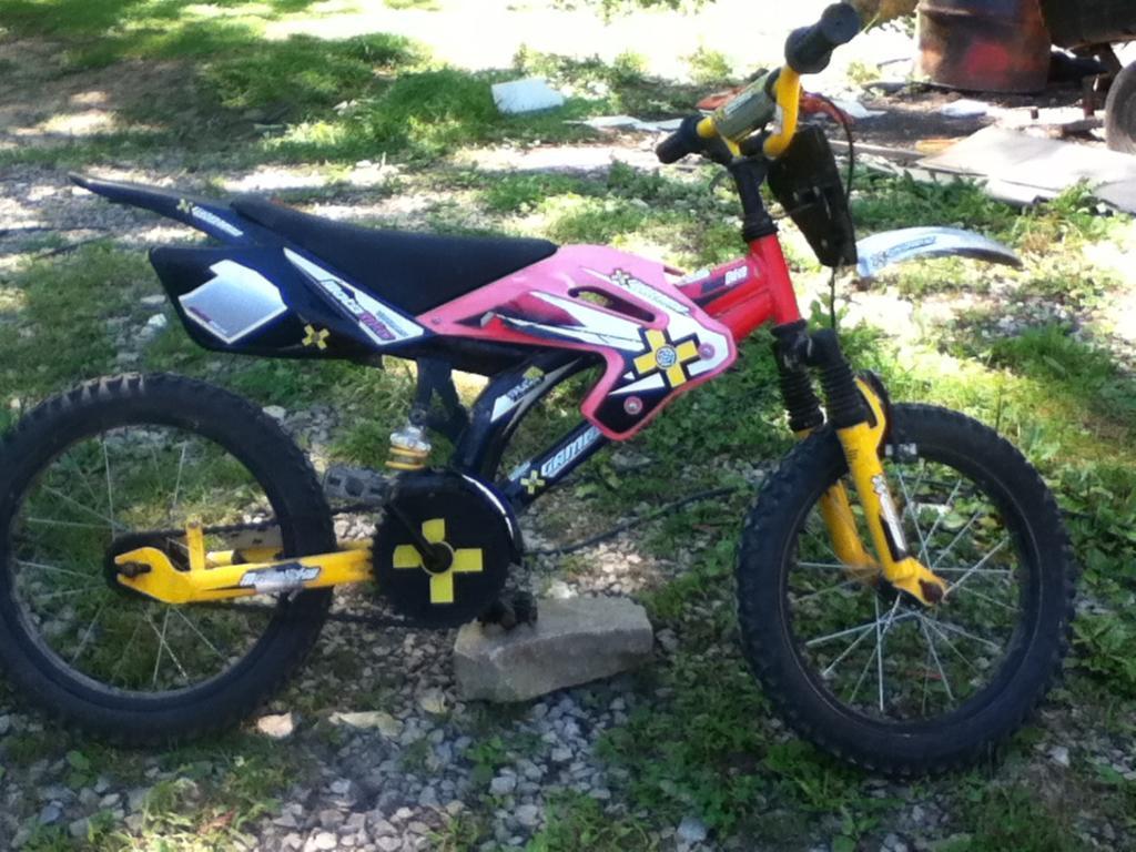 GAMES BMX MOTOBIKE