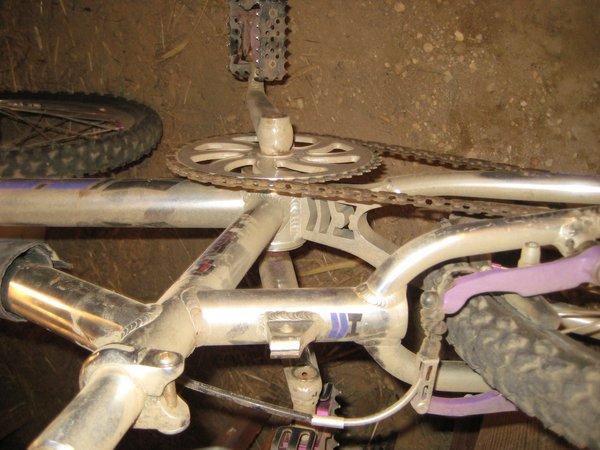 ELF BMX 1 1//8 Mothership Seat Post Clamp Black