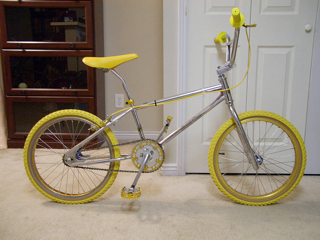 http://bmxmuseum.com/image/1982_khs_gold_cup_17_blowup.jpg