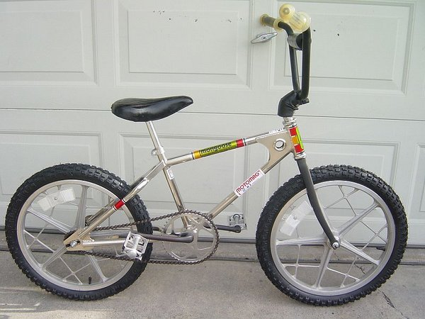 1976 Mongoose Motomag
