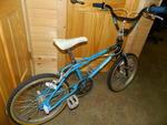http://bmxmuseum.com/image/3272013_old_school_bikes_035.jpg