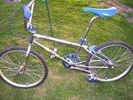 http://bmxmuseum.com/image/81_gt_bike_pics_002.jpg
