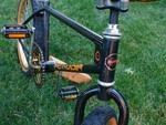 http://bmxmuseum.com/image/bike_mus_640.jpg