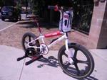 http://bmxmuseum.com/image/bike_photos_029.jpg