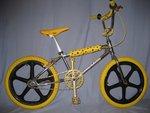 http://bmxmuseum.com/image/bikes_003_copy22.jpg