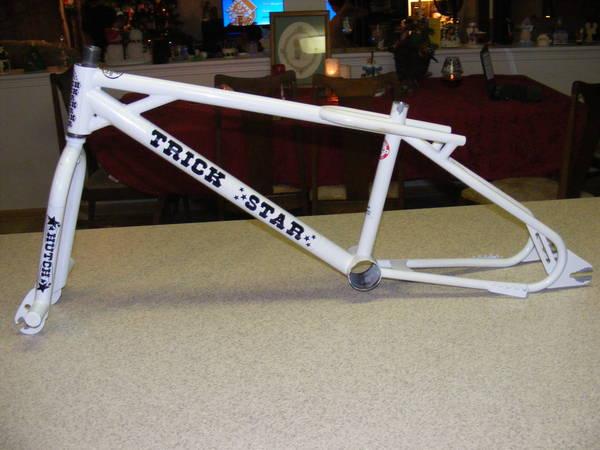 http://bmxmuseum.com/image/bmx_bikes_026_copy0_lg.jpg