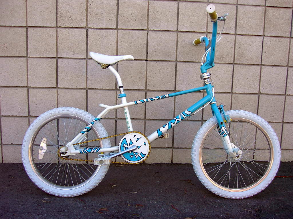 https://bmxmuseum.com/image/dans_bikes_for_sale_327_blowup.jpg