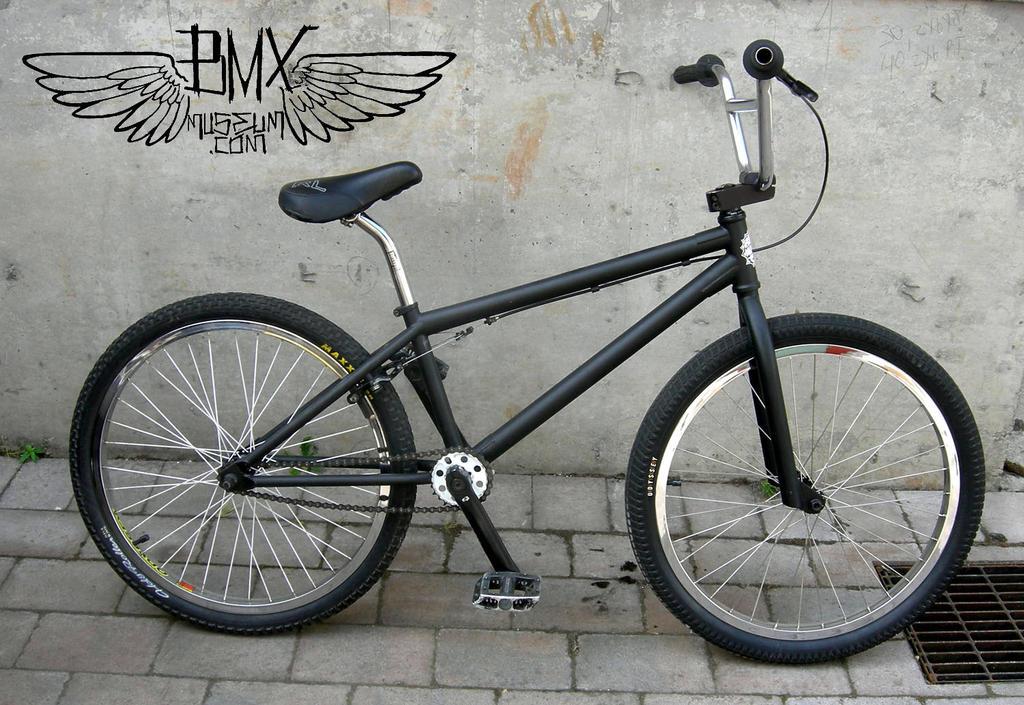 2010 FBM Custom 24 - B...