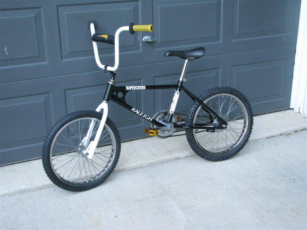 http://bmxmuseum.com/image/img_1812_large_blowup.jpg