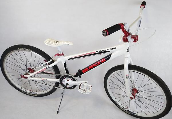 2013 SE Racing Floval Flyer 24