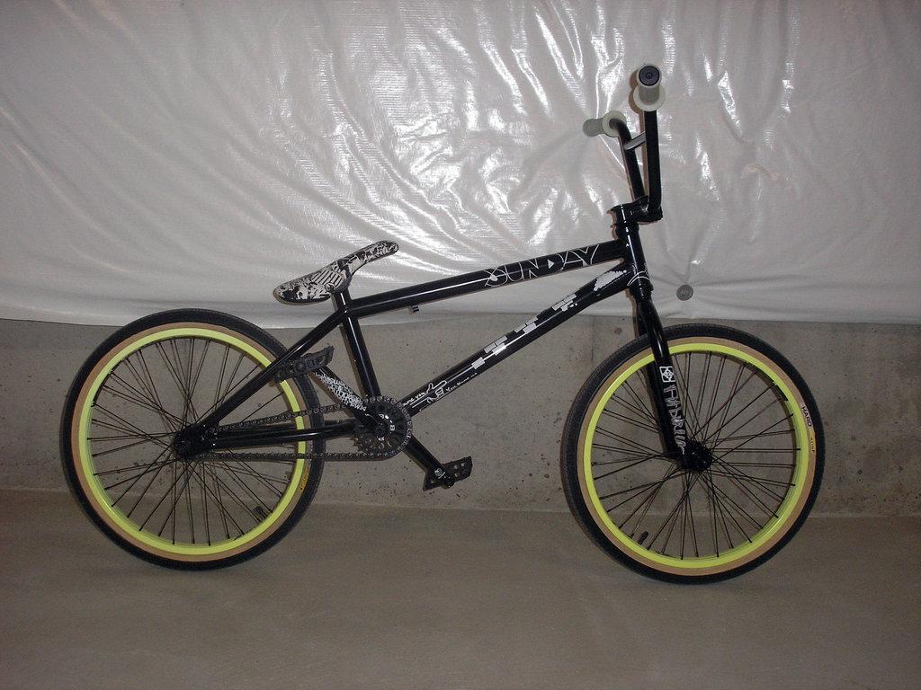 Stolen 2018 casino bike glow in the dark