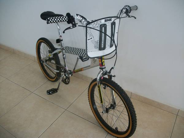 2006 Mongoose Motomag Replica