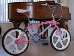 http://bmxmuseum.com/image/pink_sport.jpg